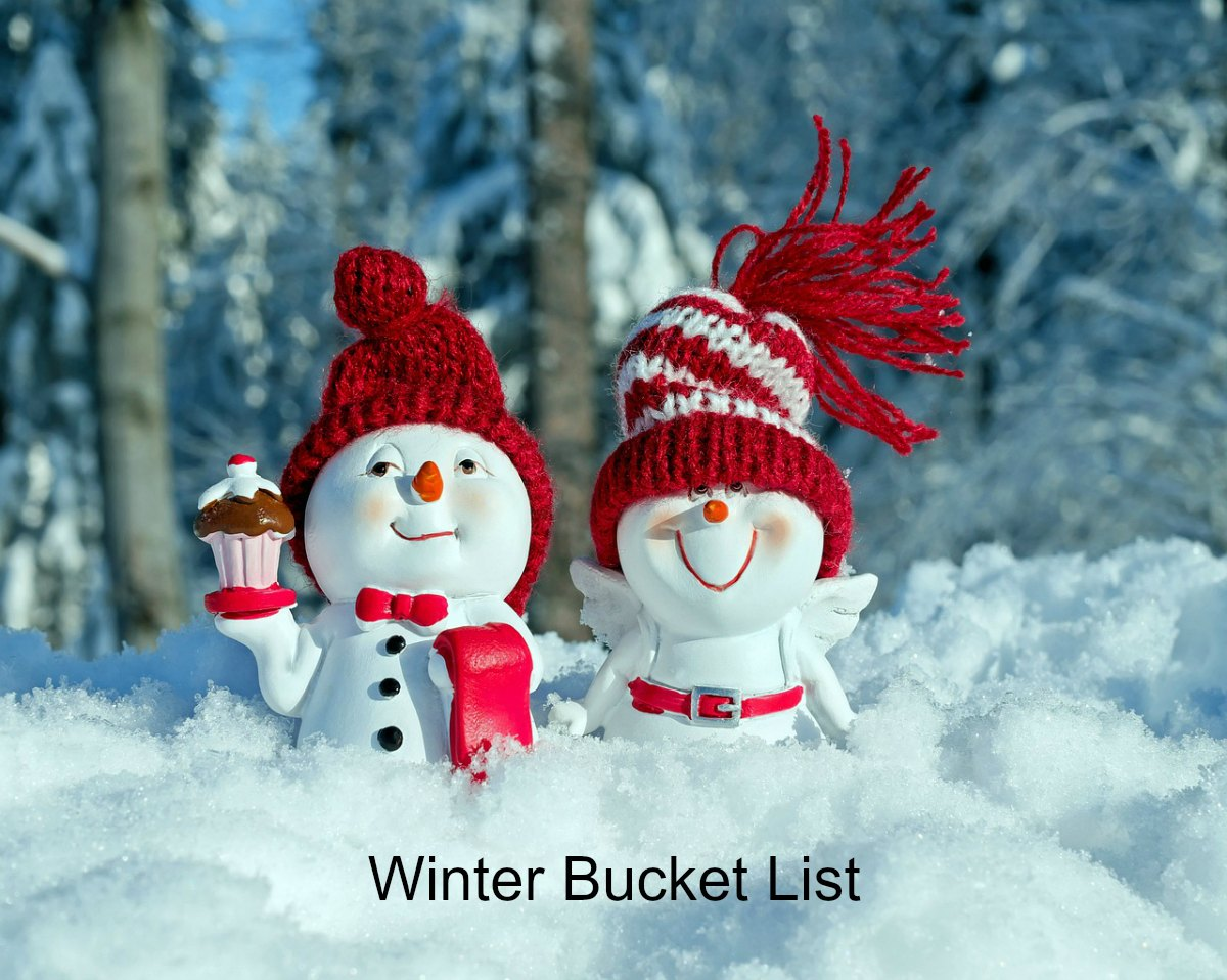 Snowmen with winter bucket list